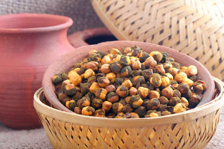 Rosted Gram or Chickpeas in bowl