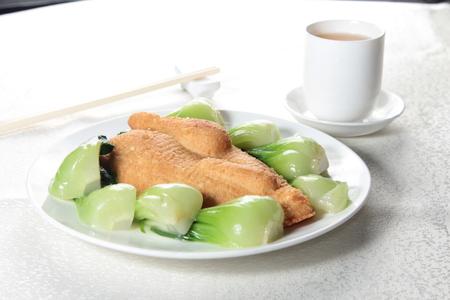 A cuisine photo of vegetarian chicken