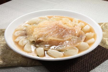 shark fin: A cuisine photo of shark fin broth