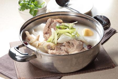 Een keukenfoto van bouillon Stockfoto