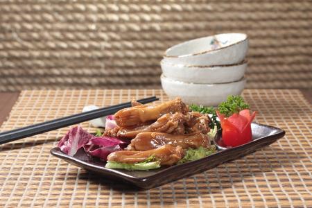a cuisine photo of duck cuisine
