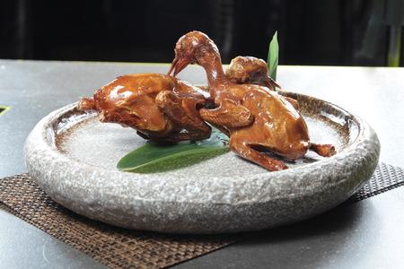 zdjęcie kuchni pieczonego gołębi