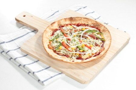 a cuisine photo of pizza