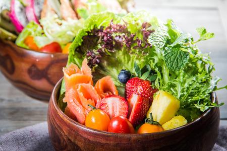 a cuisine photo of salad