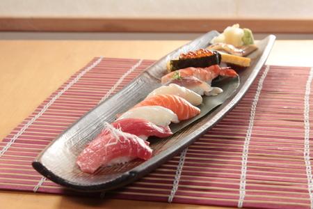 a cuisine photo of sushi