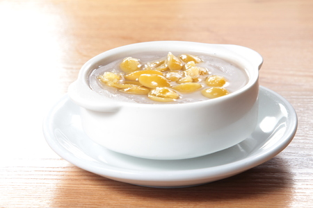 a cuisine photo of sweet soup