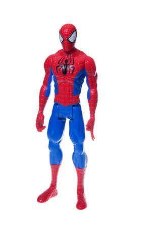 Adelaide, Australië - 29 juni 2015: Een schot van de studio van een Spiderman Action Figure geïsoleerd op een witte achtergrond. Koopwaar van Marvel strips en films zijn zeer gewilde verzamelobjecten.