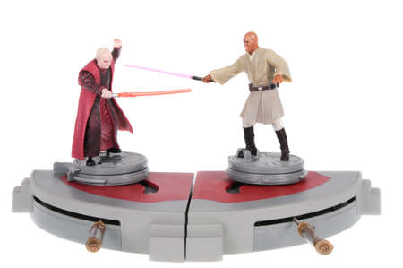 venganza: Adelaide, Australia - February 20, 2016: A studio shot of a Sidious vs Mace Battle Arena Toy Action Figures from the movie series Star Wars. Merchandise from the Star Wars universe are highly sought after collectables. Editorial
