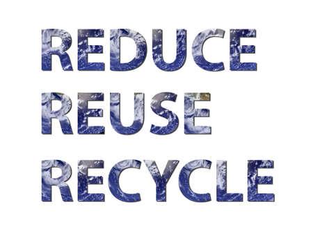 reduce reutiliza recicla: Las palabras reducir, reutilizar, reciclar se escriben componer de elementos de agua. Foto de agua de la NASA.  Foto de archivo