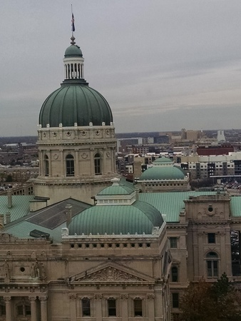 architectural feature: Looking across from the top of the Indiana State Capitol Building Stock Photo