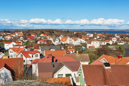 Eiland dorp op Zweedse westkust. Stockfoto