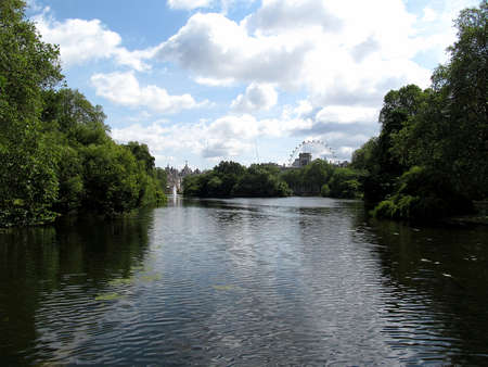 st james s:  james park in London and long water