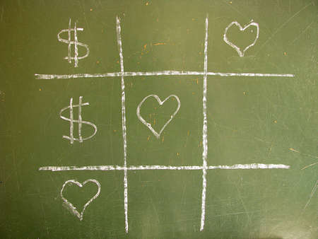 standoff:  Tic-Tac-Toe love against money and win the love