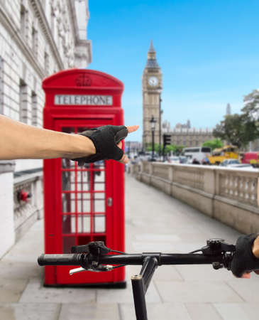 biking glove: sportsman visiting the city of London in bicycle