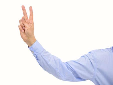 Empresario tirando un conejito dedos aislado sobre fondo blanco.