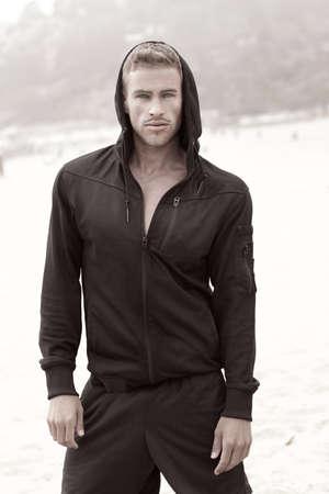 Prachtige mannelijke model fashion portret