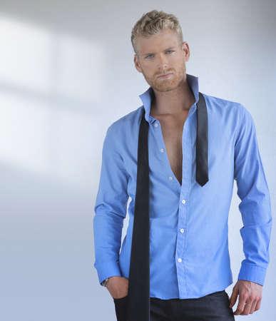 Portrait d'un beau jeune homme professionnel sexy Banque d'images - 20190443
