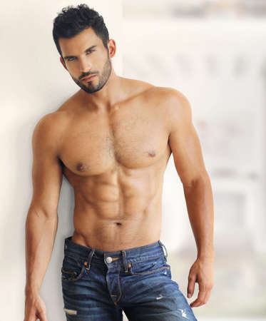 hombre sin camisa: Chico guapo sexy muscular