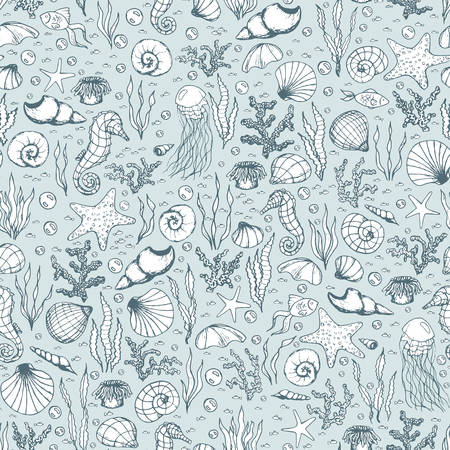 Hand drawn vector sea life seamless pattern with seahorses, fish, starfish, corals, seashells and jellyfish outline on the blue background. Underwater animals line art. Ilustração