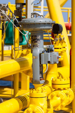 Control valve in oil and gas process, Use the control valve to auto control the process by PLC controller