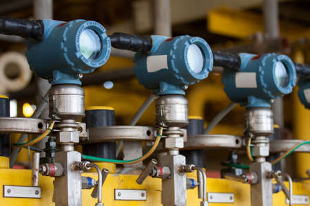 gas tank: Pressure transmitter in oil and gas process , send signal to controller and reading pressure in the system.