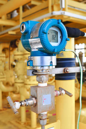 chink: Pressure transmitter in oil and gas process , send signal to controller and reading pressure in the system.