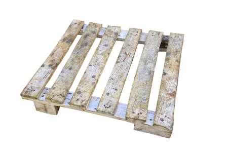 palet: La paleta de madera aislada sobre fondo blanco, portador de paletas o estante para el producto de apoyo en la tienda o en la industria log�stica. Foto de archivo