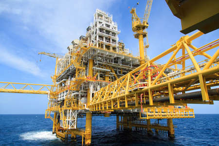 Construction platform for production energy.Oil and gas platform in the gulf or the sea, The world energy, Offshore oil and rig construction. 에디토리얼