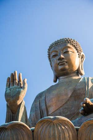 lantau: Buddha di Po Lin Monastery, Lantau Island, Hong Kong