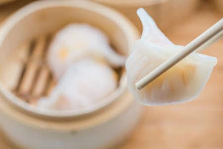 Hong Kong で非常に人気の点心エビ餃子