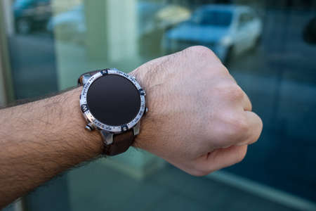 mans watch: Mans Hand with elegant smart watch. Mockup