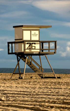 Scenic image of Huntington Beach Lifeguard Tower Stock Photo - 11379718