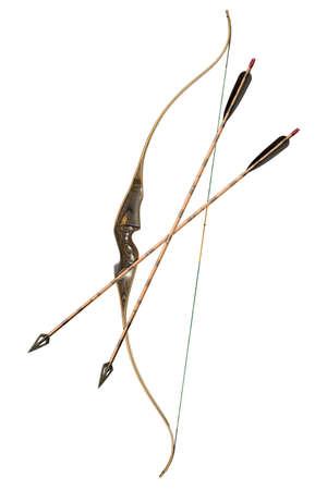 arco y flecha: arco de caza y flechas aisladas en blanco
