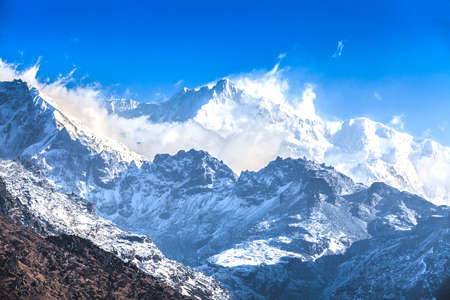 Kangchenjunga est la troisième plus haute montagne du monde. Il s'élève à une altitude de 8.586 m: De Dzongri Point de vue Banque d'images - 19473262