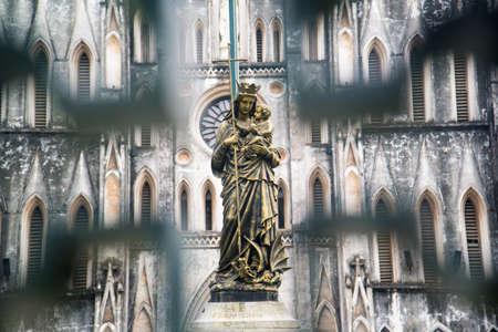 jesus statue: Blessed Virgin Mary Statue (Jesus statue)