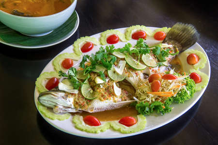 Steamed fish with lemon