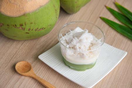 Kanom piak poon (Thai Dessert)