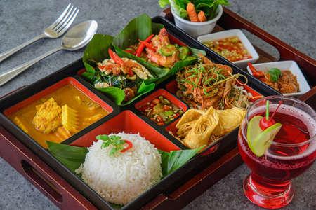 bento thai style, thaifood in bento 免版税图像
