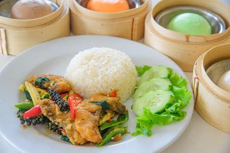 Stir-Fried Spicy Fish and dimsum 免版税图像
