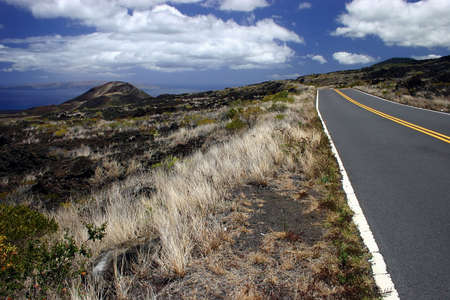 turnpike: Conducir la costa de la isla de Maui carreteras  Foto de archivo
