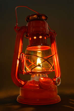 oil lamp: Old Oil Lantern