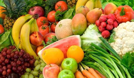 Dit is een close-up van groenten en fruit.