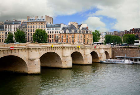 reflect: Pont Neuf, Paris, France Stock Photo