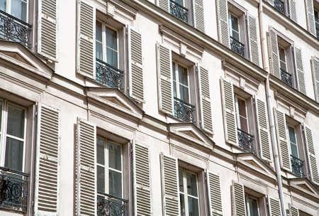 유럽의: Old European Windows 스톡 사진
