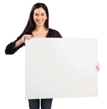 publicit�: Jeune femme contenant un signe blanc vierge
