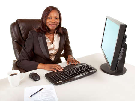 american staff: Sourire africaine femme d'affaires am�ricaine