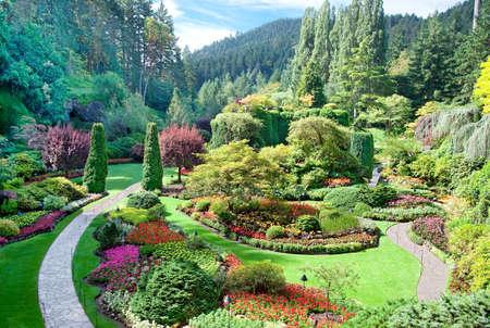 ブッチャート ガーデン、中央サーニッチ、ブリティッシュ コロンビア州、カナダでサンクン ガーデン 写真素材