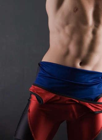 Il corpo di un uomo atletico giovane adulto Archivio Fotografico