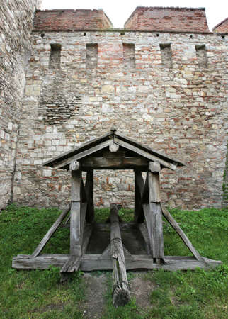 fundamental: Baba Vida is a medieval fortress in Vidin in northwestern Bulgaria and the towns primary landmark. It consists of two fundamental walls and four towers and is said to be the only entirely preserved medieval castle in the country. Stock Photo
