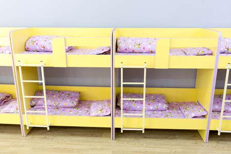 Etagenbett Mit Treppe : Kindergarten schlafzimmer mit etagenbett treppe für die kinder